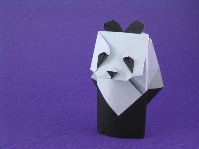 Origami Panda by Seo Won Seon (Redpaper) Folded from a square of origami paper by Gilad Aharoni on giladorigami.com