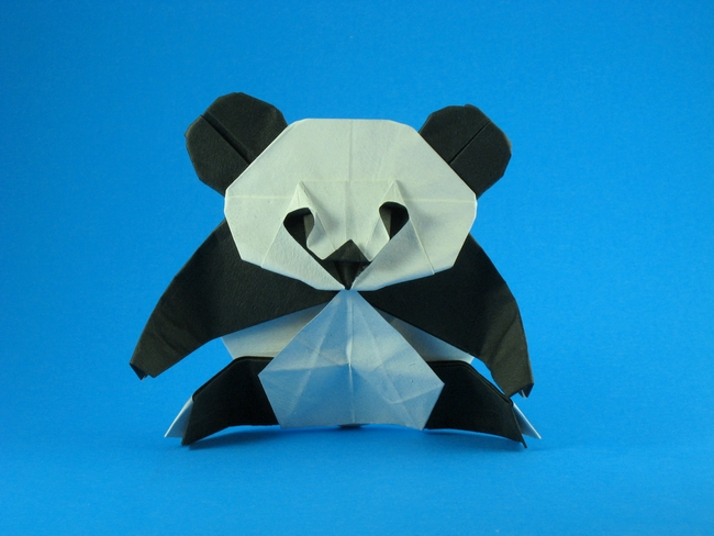 Origami Panda by Quentin Trollip Folded from a square of Tant paper by Gilad Aharoni on giladorigami.com