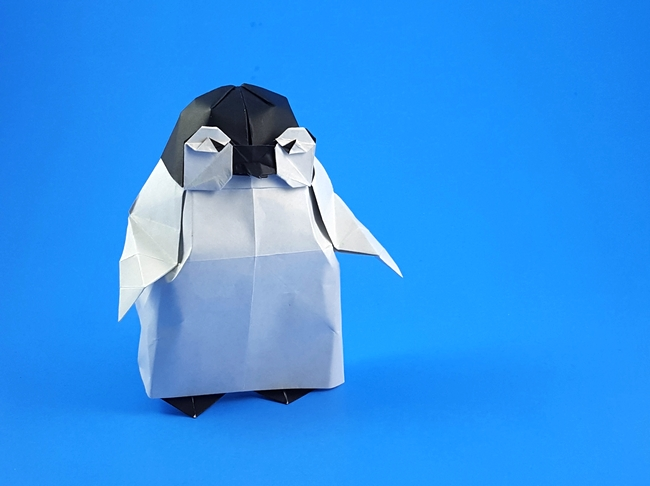 Origami Penguin baby by Yoo Tae Yong Folded from a square of origami paper by Gilad Aharoni on giladorigami.com