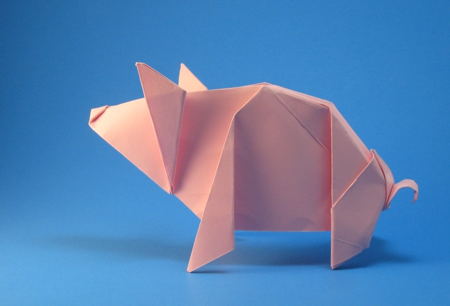 Origami Pig by Michael G. LaFosse folded by Gilad Aharoni