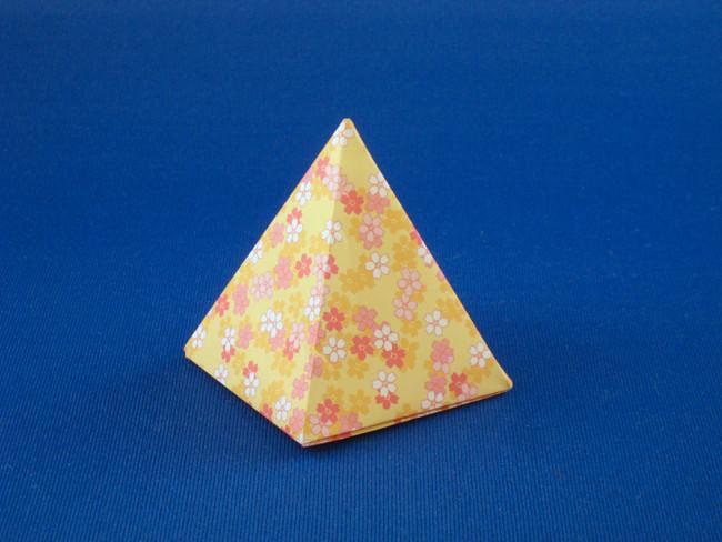 Origami Pyramid By Roman Diaz Folded Gilad Aharoni