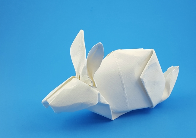 Origami Rabbit by Akira Yoshizawa folded by Gilad Aharoni on giladorigami.com