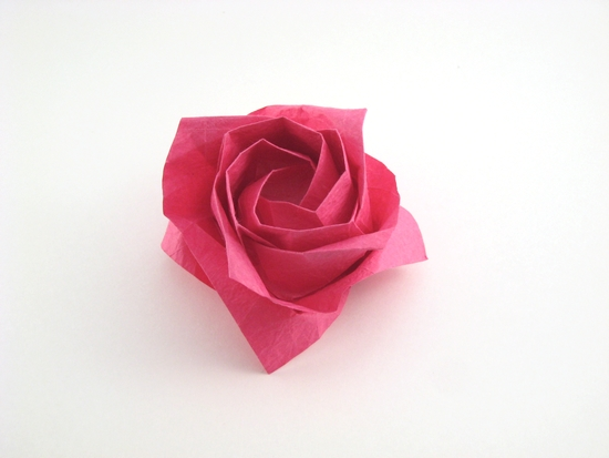 Origami Rose - diagonal by Toshikazu Kawasaki folded by Gilad Aharoni on giladorigami.com