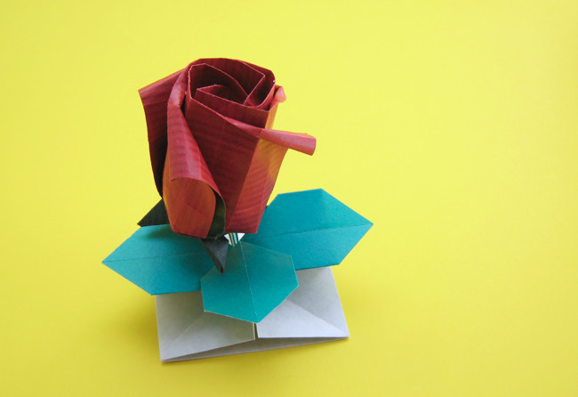 Origami Rose - tubular by Toshikazu Kawasaki folded by Gilad Aharoni