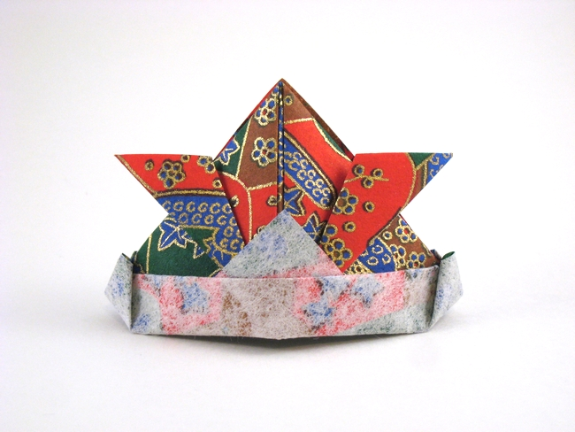 Origami Samurai helmet by Traditional folded by Gilad Aharoni on giladorigami.com
