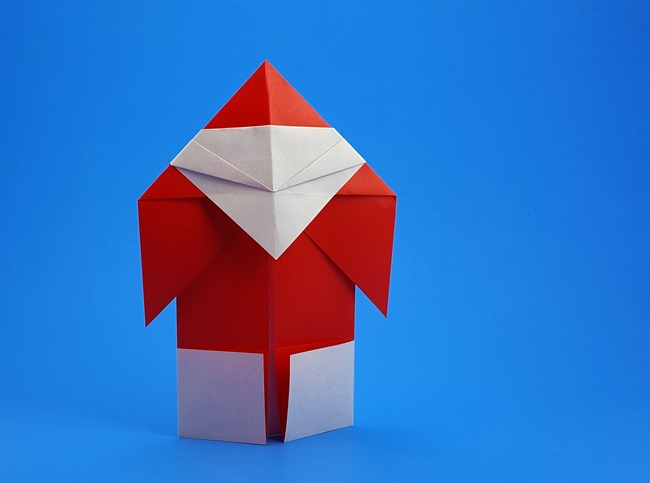 Origami Santa Claus by Asahi Isamu folded by Gilad Aharoni