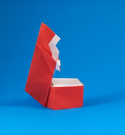 Origami Santa's Christmas box by Robert Harbin folded by Gilad Aharoni on giladorigami.com