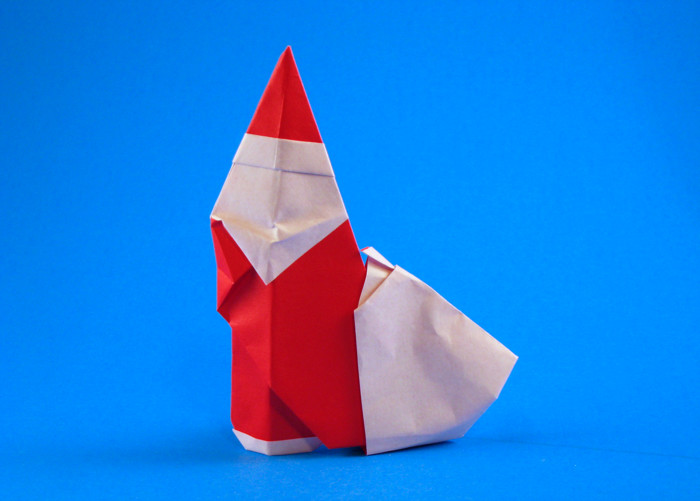 Origami Santa Claus by Giang Dinh Folded from a square of origami paper by Gilad Aharoni on giladorigami.com