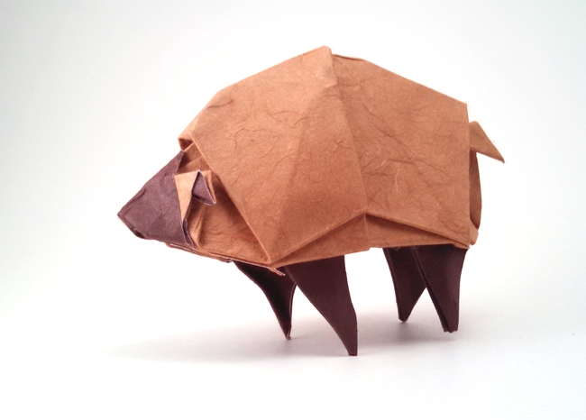 Origami Sheep by Atsunori Muraki Wet folded from a square of double-sided mulberry paper by Gilad Aharoni on giladorigami.com