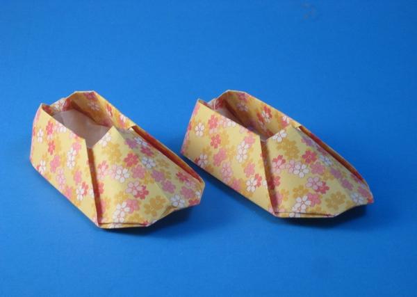 Origami Shoes By Yamanashi Akiko Folded Gilad Aharoni