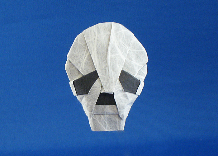 Origami Skull by Anna Kastlunger folded by Gilad Aharoni