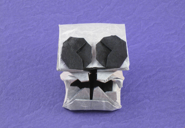 Origami Skull 3 by Hojyo Takashi Folded from a square of double-sided Unryu paper by Gilad Aharoni on giladorigami.com