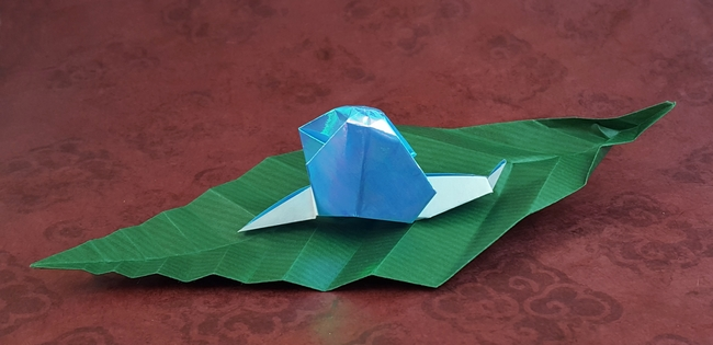Origami Leaf by Akira Yoshizawa Folded from a square of Kraft origami paper by Gilad Aharoni on giladorigami.com