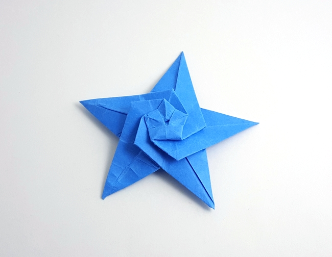 Origami Starfish by John Montroll folded by Gilad Aharoni on giladorigami.com
