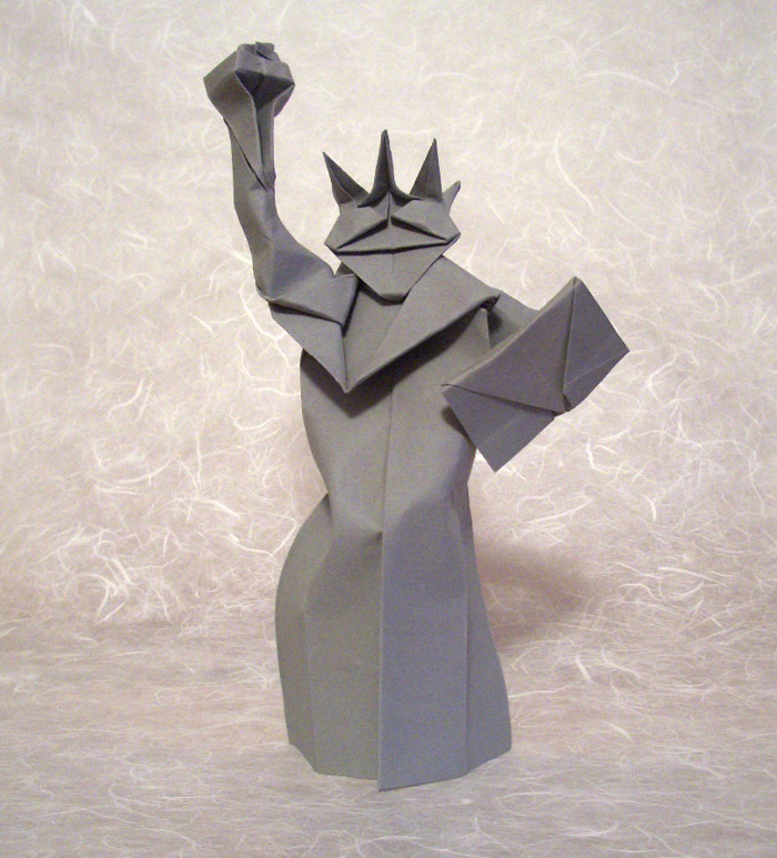 Origami Statue of Liberty by Jodi Fukumoto folded by Gilad Aharoni