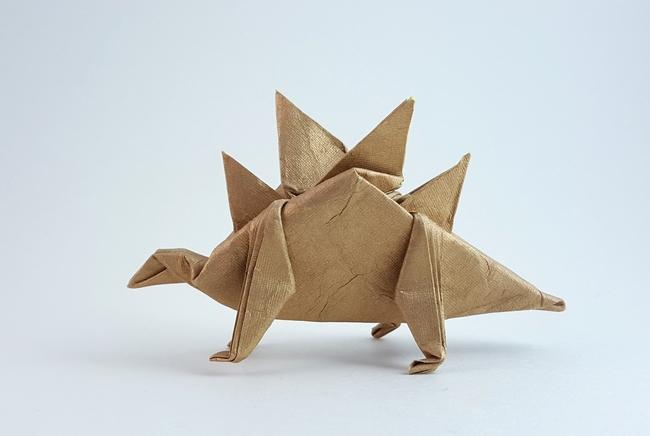 ORIGAMI DINOSAUR STEGOSAURUS   Paper Dinosaur - YouTube   436x650
