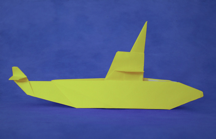Origami Submarine by Toshikazu Kawasaki Folded from a square of origami paper by Gilad Aharoni on giladorigami.com
