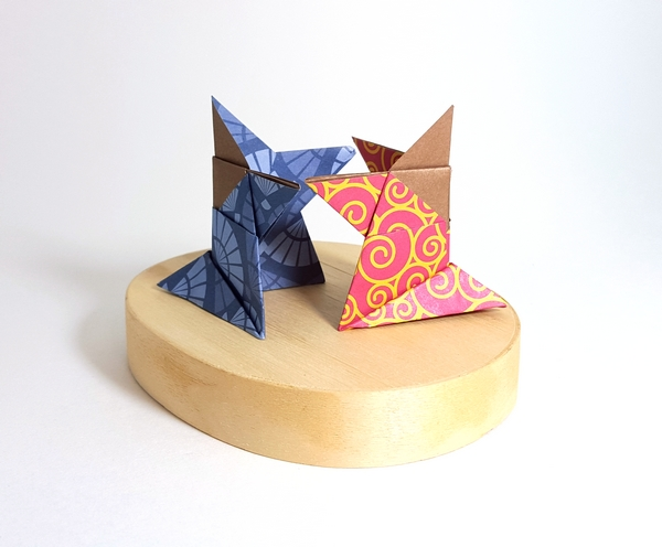 Origami Sumo by Traditional folded by Gilad Aharoni on giladorigami.com