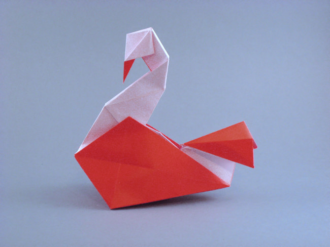 Origami Inflatable Swan by Roman Diaz Folded from a square of origami paper by Gilad Aharoni on giladorigami.com