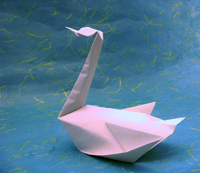 Origami Swan by John Montroll folded by Gilad Aharoni