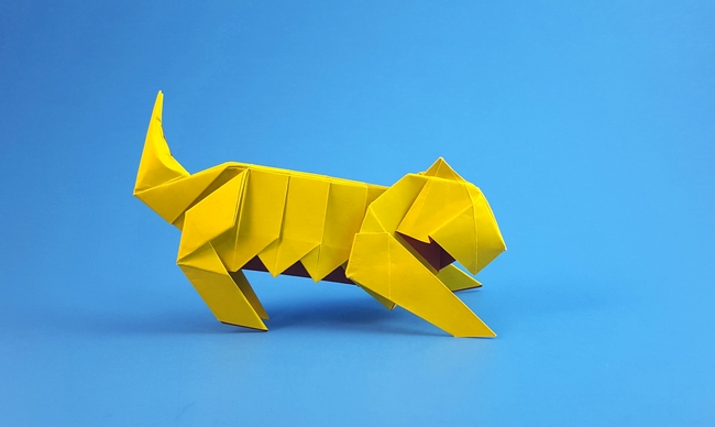 Origami Tiger by Oriol Esteve folded by Gilad Aharoni on giladorigami.com