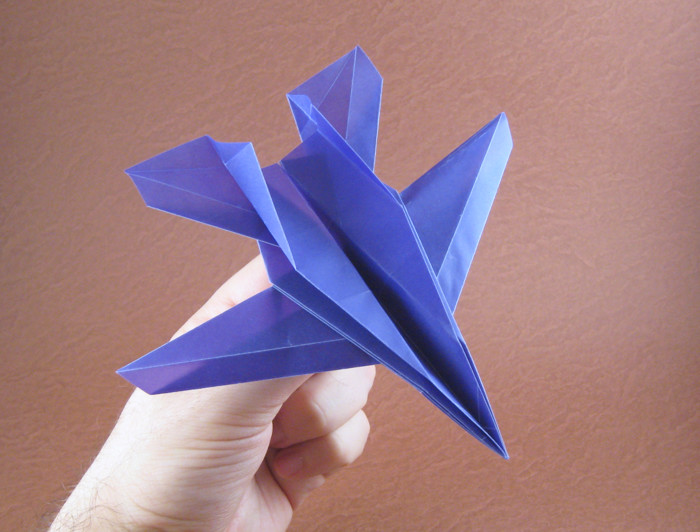Origami Airplanes - Page 1 of 3 | Gilad's Origami Page