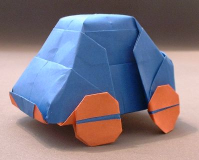 Origami VW bug by Charles Esseltine folded by Gilad Aharoni on www.giladorigami.com