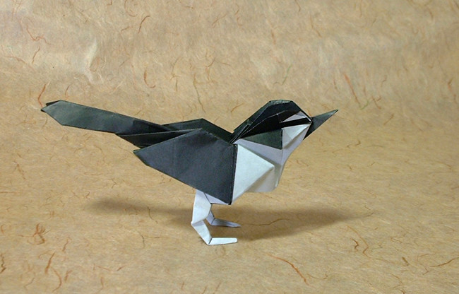 Origami Wagtail by Seiji Nishikawa folded by Gilad Aharoni on giladorigami.com