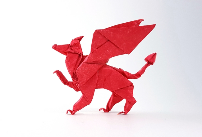 Origami Welsh dragon by Tony O'Hare folded by Gilad Aharoni on giladorigami.com