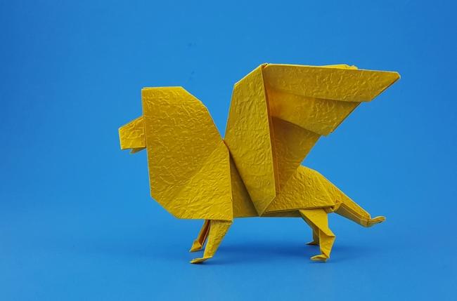 Satoshi Kamiya's Lion. : origami | 429x650