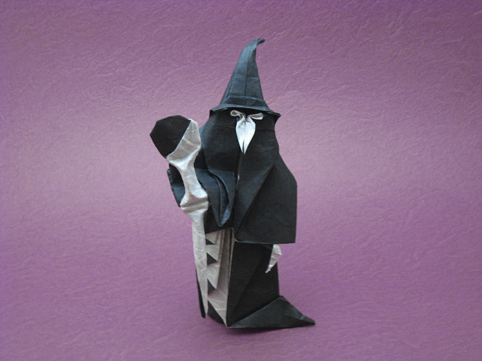 Origami Wizard by Hojyo Takashi folded by Gilad Aharoni on giladorigami.com
