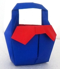 Origami Bag with ribbons by Futawatari Masako on giladorigami.com