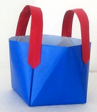 Origami Tote bag with strong handles by Makoto Yamaguchi on giladorigami.com