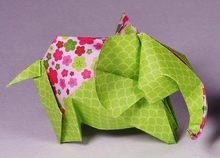 Origami Festive elephant by Viviane Berty on giladorigami.com