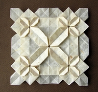 Origami Large and small flowers by Fujimoto Shuzo on giladorigami.com