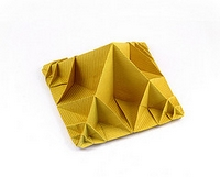 Origami Endless folds pyramid by Jun Maekawa on giladorigami.com