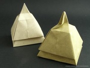 Origami Pyramid box by Tomoko Fuse on giladorigami.com