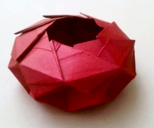 Origami Wheel bowl by Jorge E. Jaramillo on giladorigami.com