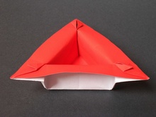Origami Triangular dish by Philip Shen on giladorigami.com