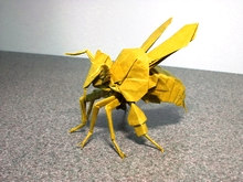 Origami Honey bee by Jong Yong Ik on giladorigami.com