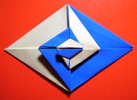 Origami Two-toned diamond by Sy Chen on giladorigami.com
