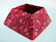 Origami Container by Nick Robinson on giladorigami.com
