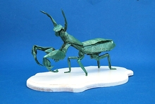 Origami Praying mantis by Satoshi Kamiya on giladorigami.com