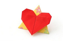 Origami Love triangle by Francis Ow on giladorigami.com