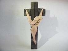 Origami Crucifix by Neal Elias on giladorigami.com
