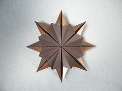 Origami Sunburst by Robert Neale on giladorigami.com