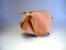 Origami Pig by Hoang Tien Quyet on giladorigami.com