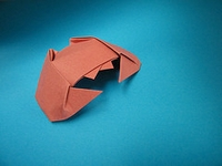 Origami Crab - winking by Nick Robinson on giladorigami.com